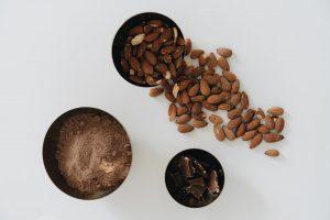 magnesium in voeding van cacao en amandelen