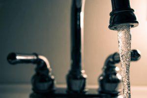 hoeveel water per dag is gezond